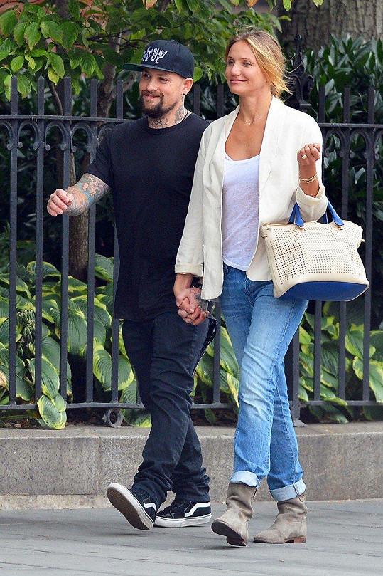 Cameron je o něco vyšší než její manžel Benji.