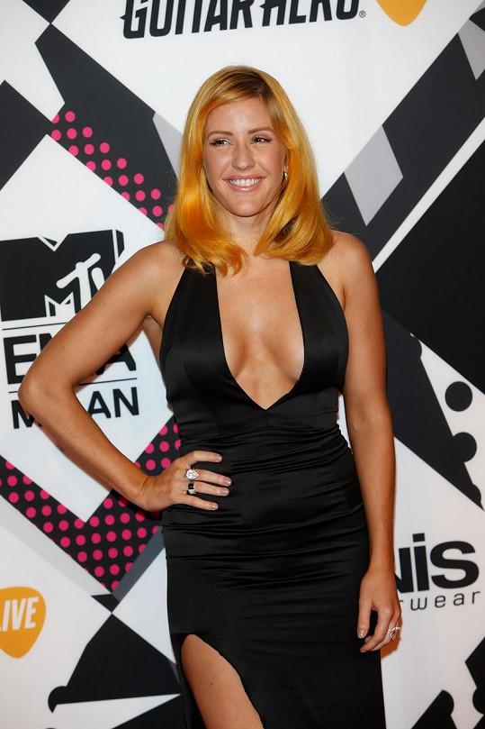 Ellie Goulding změnila barvu vlasů.