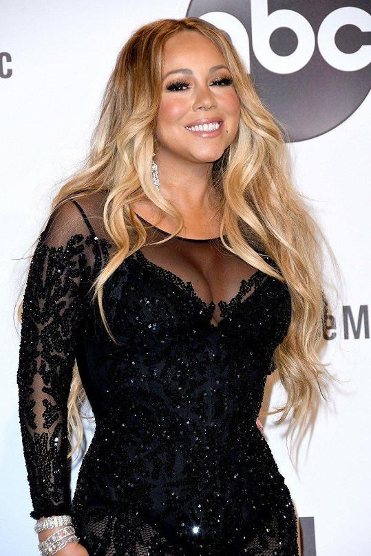 Mariah Carey o potratu dlouho nemohla s nikým mluvit.