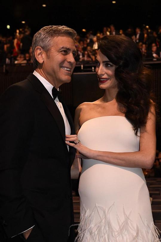 George s Amal se dočkají dvojí radosti už v červnu.