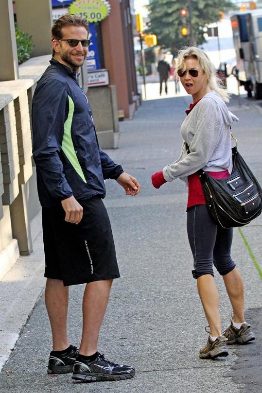 Renée Zellweger a Bradleymu Cooperovi to vydrželo dva roky.