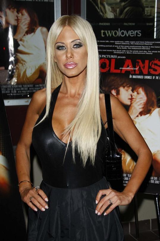 Se čtvrtou exmanželkou Shaunou Sand má Lamas dcery Alexandru, Victorii a Isabellu.