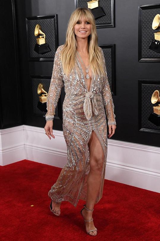 Heidi Klum popíchla fanoušky na sociální síti a od některých se dočkala gratulací.