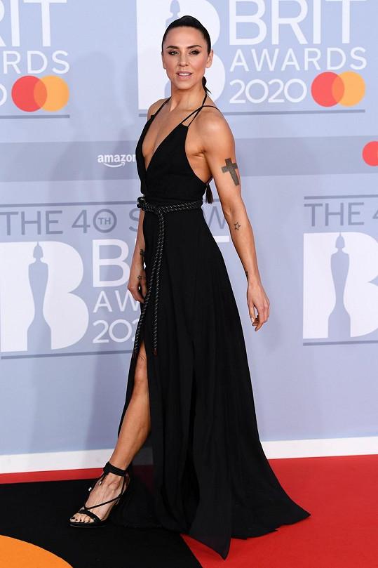 Mel C vynesla sexy model.