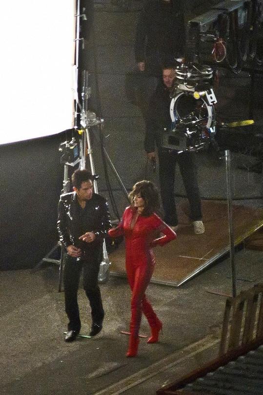 Během natáčení s Benem Stillerem