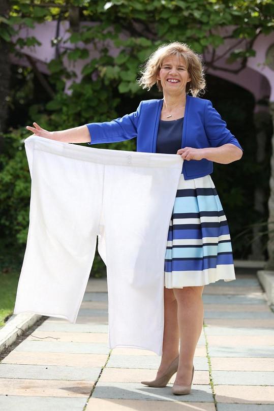 V dřívějším oblečení by se teď ztratila.
