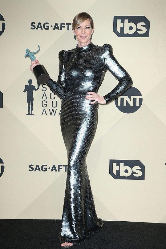 Na SAG Awards vyloženě zářila.