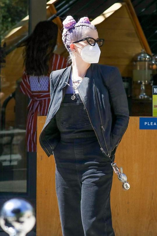 Kelly Osbourne zachytili fotografové v ulicích LA.