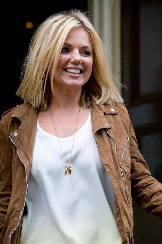 Před pár lety byla také blondýnkou.