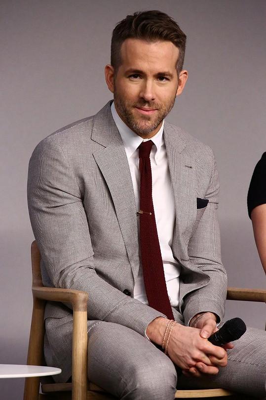 Ryan Reynolds byl zvolen nejpřitažlivějším tatínkem.
