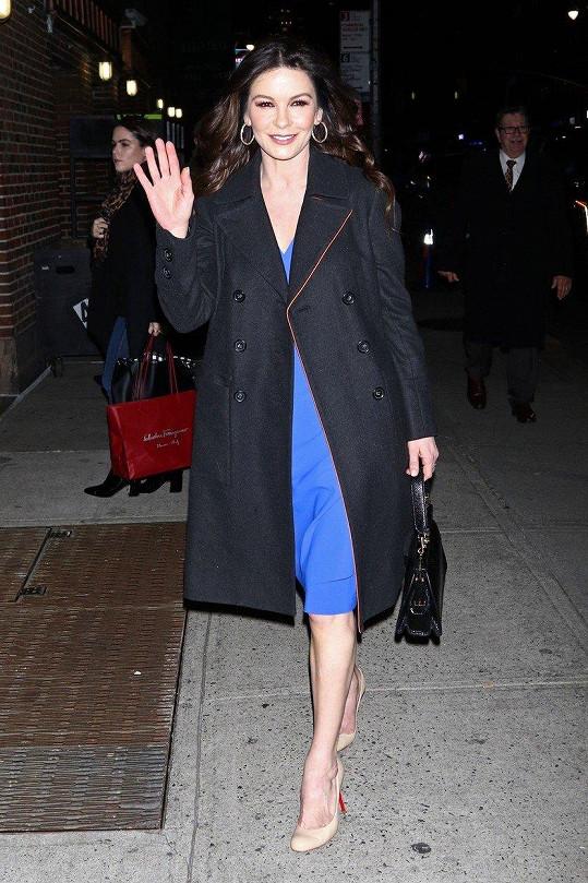 Catherine Zeta-Jones se pochlubila svou sbírkou bot.