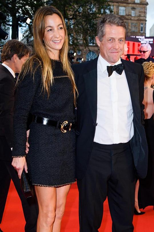 Hugh si vzal Annu teprve loni.
