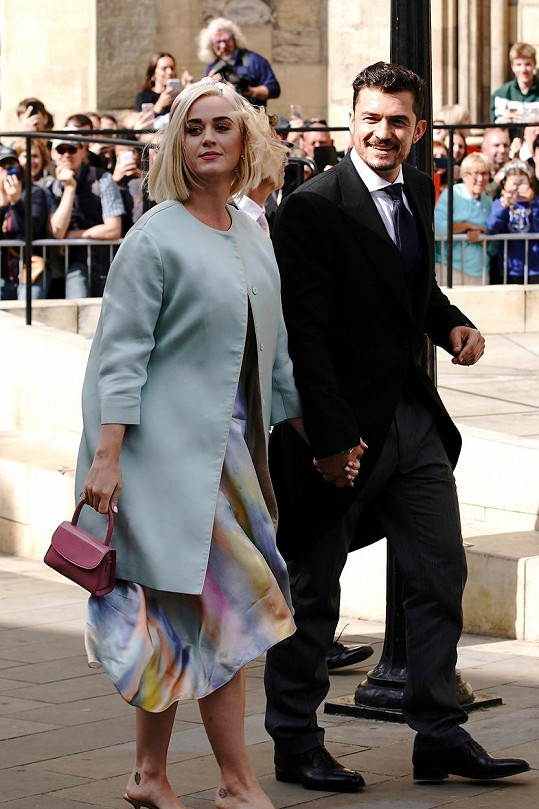 Na svatbu dorazili i Orlando Bloom a Kary Perry.