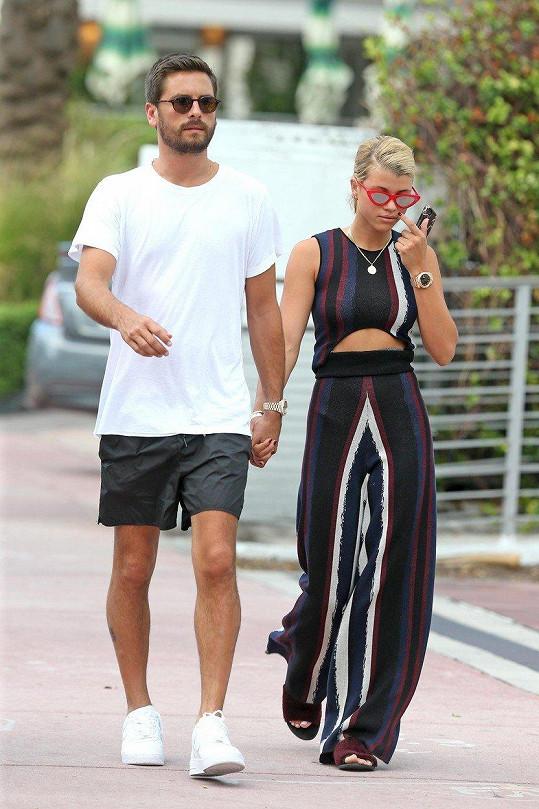 Co asi na vztah své dcery s proslaveným sukničkářem říká otec modelky, slavný zpěvák Lionel Richie?