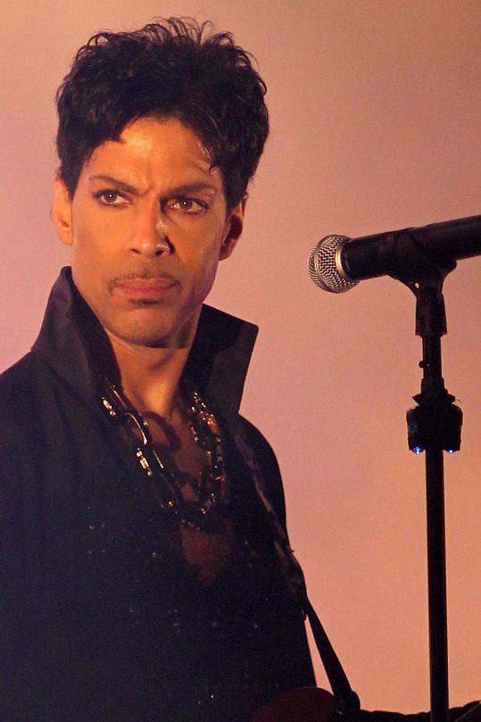 Prince byl nalezen mrtvý ve svém nahrávacím studiu