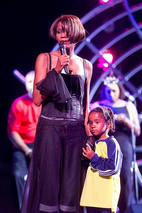 V roce 1999 se Whitney pochlubila dcerkou na turné k albu My Love Is Your Love.