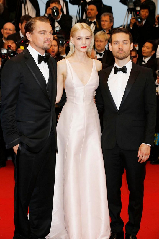 Leonardo DiCaprio, Carey Mulligan a Tobey Maguire na premiéře filmu Velký Gatsby v Cannes (2013)