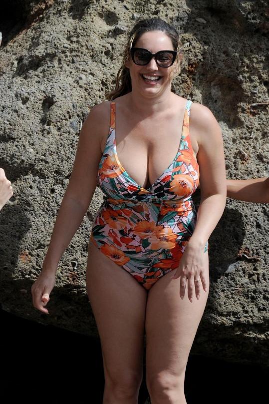 Kelly Brook na dovolené na Ischii