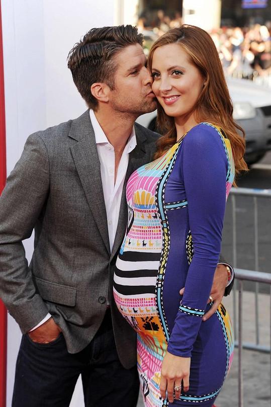 Eva s Kylem v roce 2014, kdy čekali dceru Marlowe Mae.