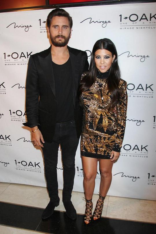 Předtím byl Disick deset let ve vztahu s Kourtney Kardashian, mají spolu tři děti.