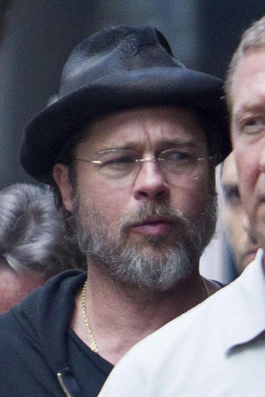 Brad Pitt při natáčení jeho nejnovějšího filmu The Big Short