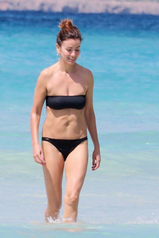 Sara MacDonald na dovolené na Ibize.