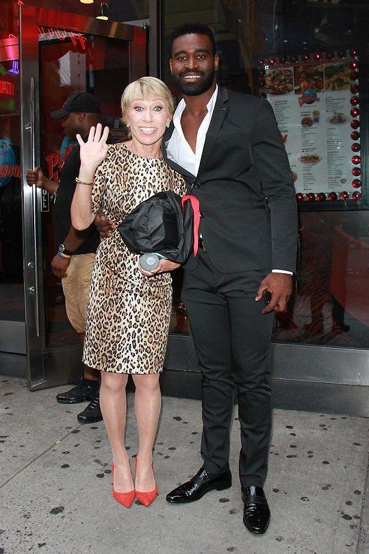 Jejím tanečním partnerem je Keo Motsepe.