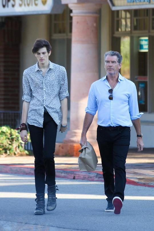 Pierce Brosnan se synem Dylanem