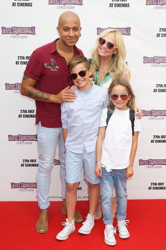 Emma Bunton s partnerem a dětmi
