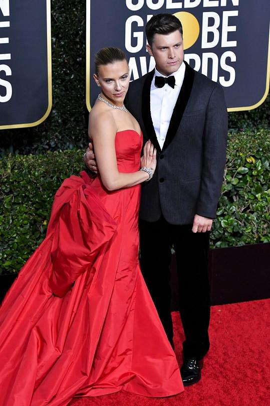 Ani Scarlett Johansson se letos svatby s Colinem Jostem nedočká.