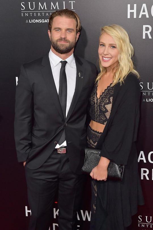 Milo Gibson s partnerkou Lindsay Goodstein