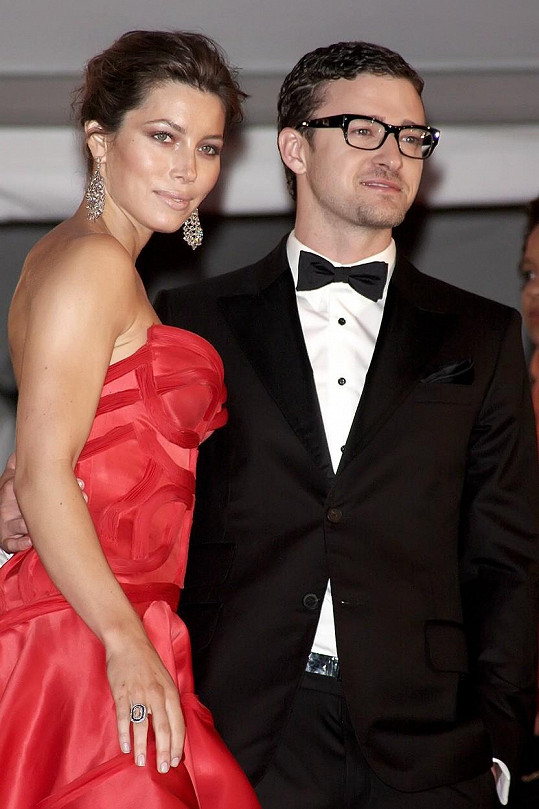 Biel a Justin Timberlake okouší první dny rodičovství.