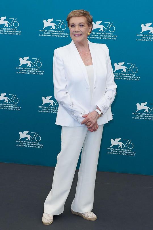 Julie Andrews loni na podzim na filmovém festivalu v Benátkách