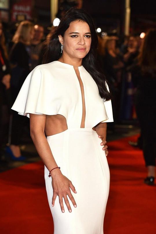 Michelle se řadí mezi největší sexbomby Hollywoodu.