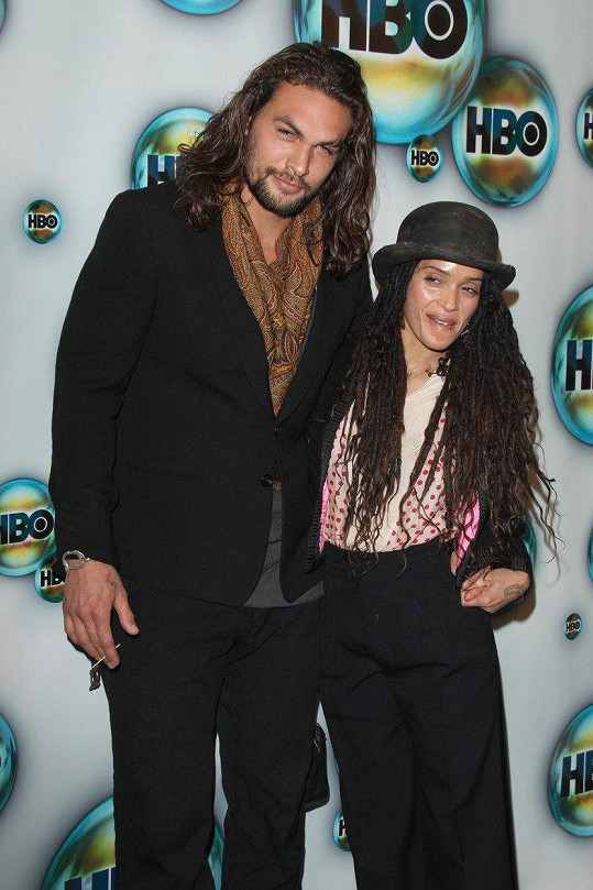 Lisa s manželem Jasonem Momoou
