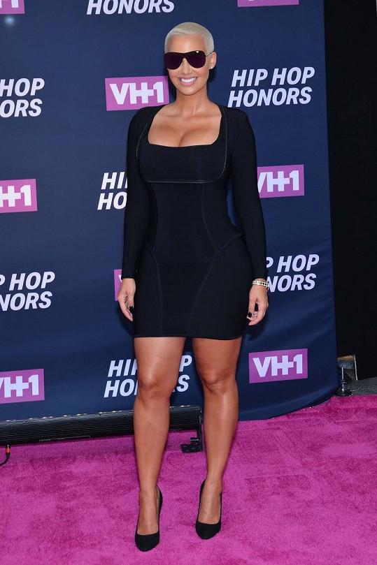 Amber Rose na udílení cen hudební televize VH1