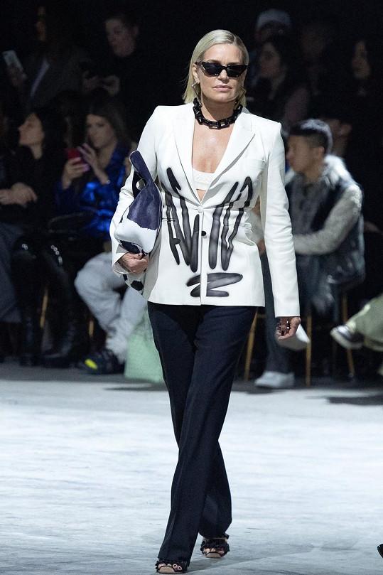 Yolanda se po letech objevila v roli modelky.