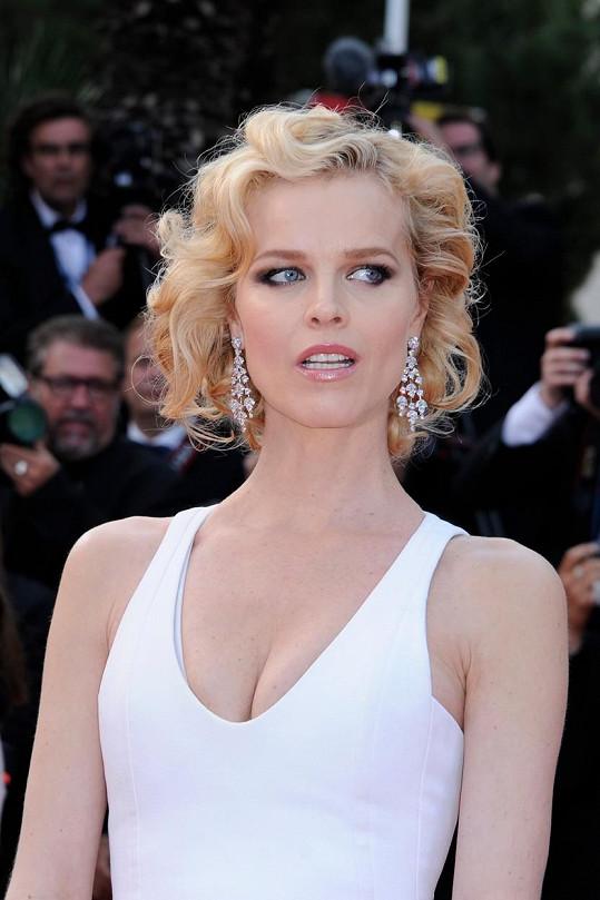 Jako příležitostná herečka si nenechá ujít festival v Cannes téměř nikdy.