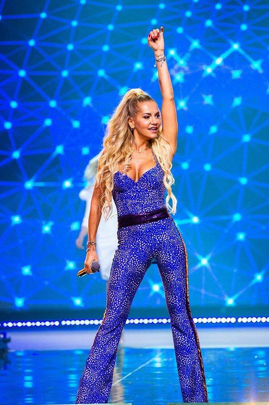 Dara Rolins vystoupila během finále Miss Slovensko.