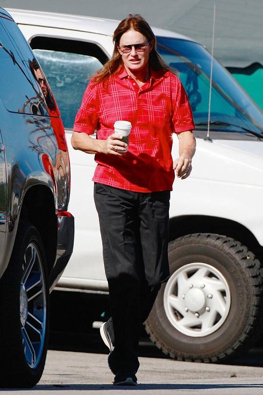 Bruce Jenner prochází transformací již dva roky.