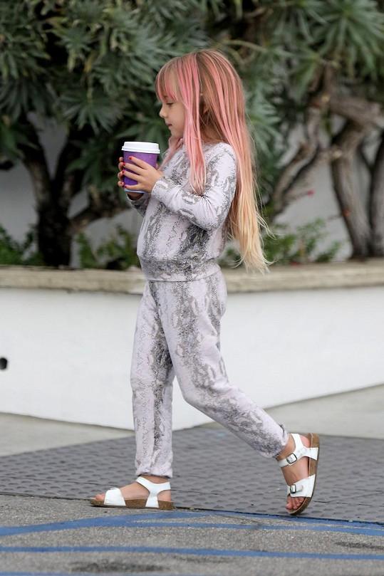 Na rodinné procházce nemohla chybět ani pětiletá Willow.