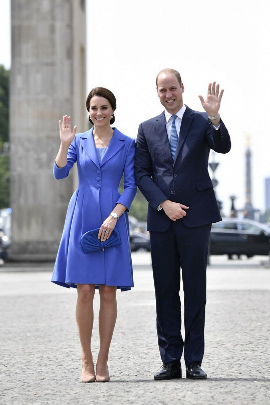 Kate a William před Braniborskou bránou