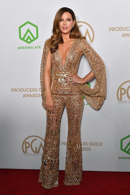 Sexy Kate Beckinsale má také co předvádět.