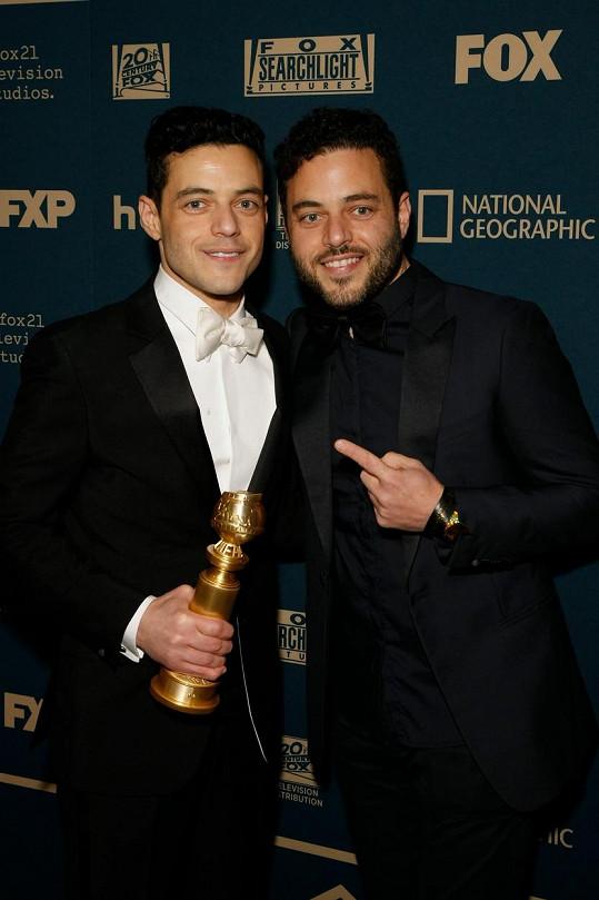Rami Malek s dvojčetem Samim