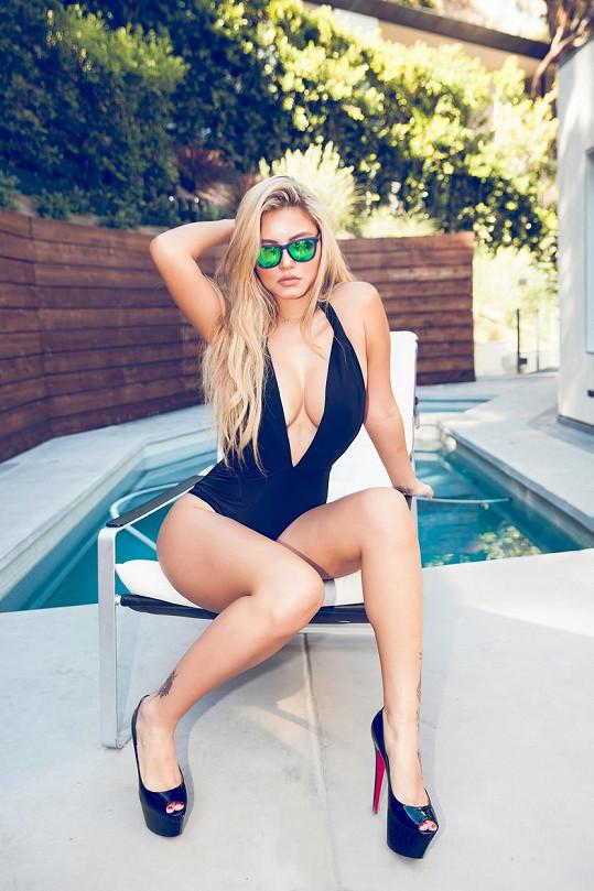Camilla se původně chtěla věnovat návrhářství, ale stala se z ní modelka.