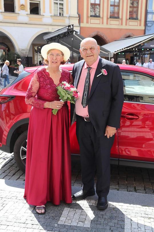 František Nedvěd a Marie Nedvědová si zopakovali svatbu po 50 letech.