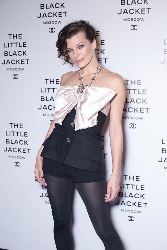 Milla Jovovich je dvojnásobnou maminkou.