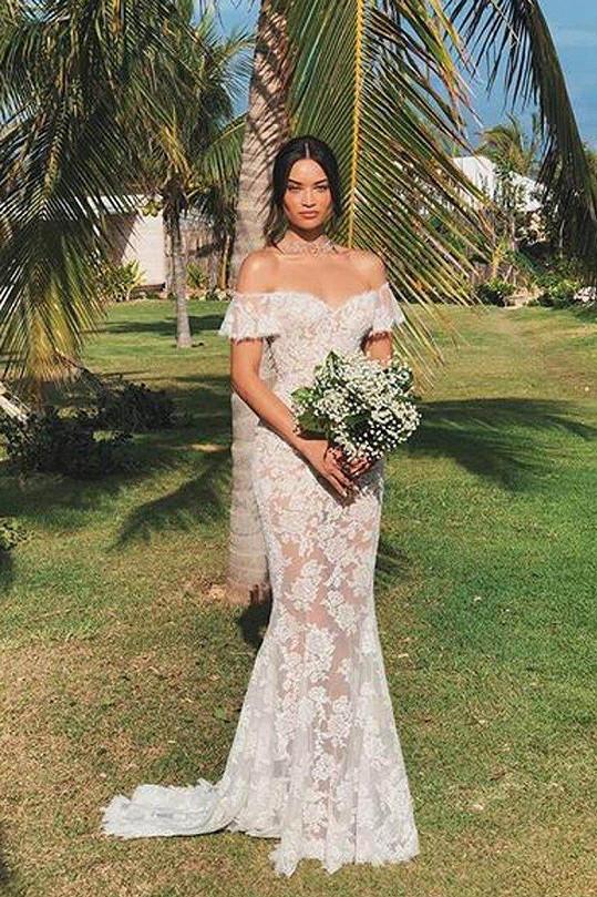 V šatech značky Ralph & Russo se nedávno provdala i modelka Shanina Shaik.