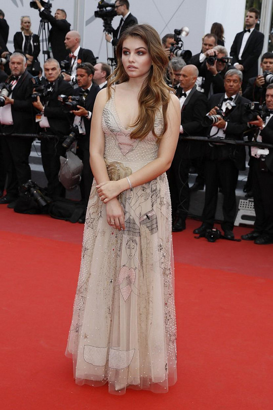 Teprve šestnáctiletá, ale velmi úspěšná modelka Thylane Blondeau na festivalu v Cannes