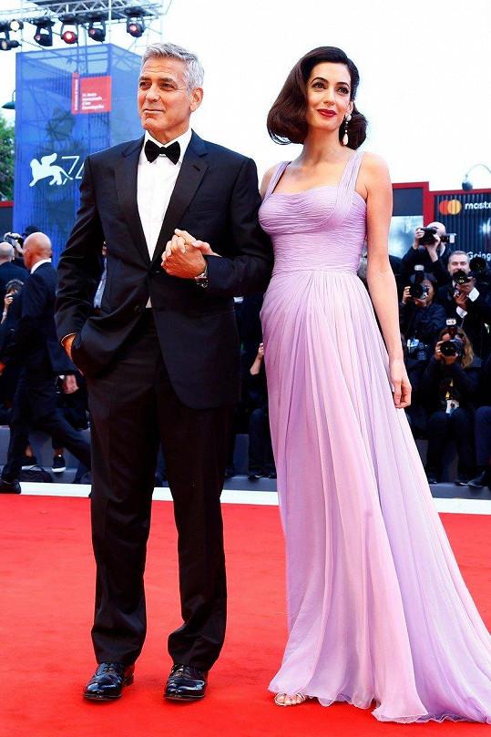 George a Amal Clooneyovi na premiéře filmu Suburbicon: Temné předměstí